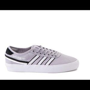 Mens adidas Athletic Shoe - Gray white 3 stripe